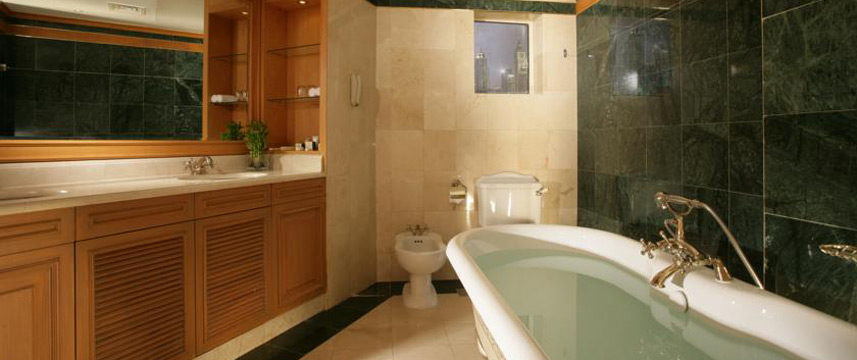 Chelsea Plaza Dubai - Bathroom