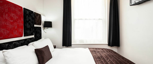 Chiswick Rooms - Double Room Bed