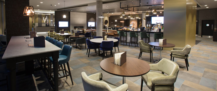 Crowne Plaza Aberdeen Airport - Bar Seating