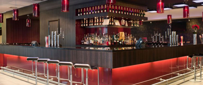 Crowne Plaza Birmingham Bar