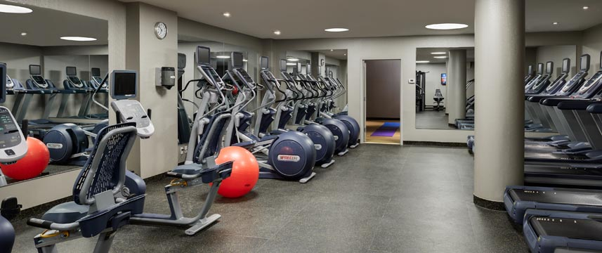 Crowne Plaza JFK Airport - Gym