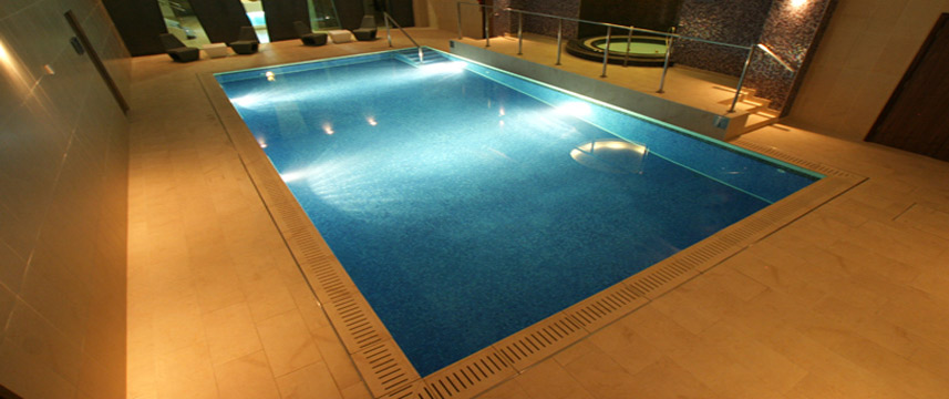 Crowne Plaza Kings Cross Pool