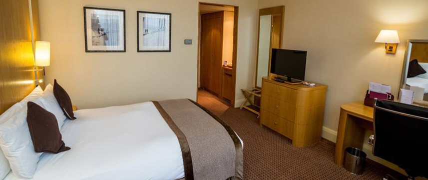 Crowne Plaza London Ealing - Double Room
