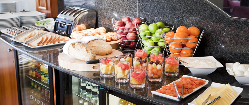 Crowne Plaza London Heathrow - Breakfast Buffet