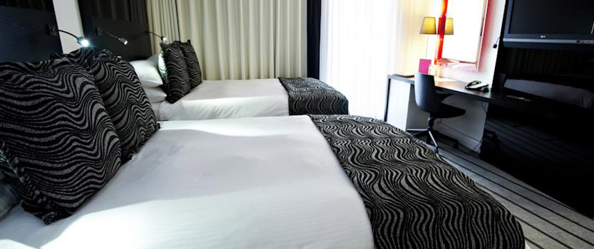 Crowne Plaza Manchester City Twin Room
