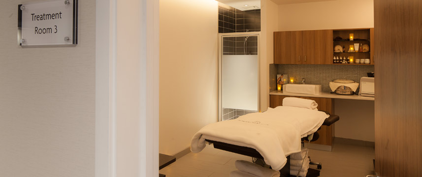 Crowne Plaza Newcastle Stephenson Quarter Spa Room