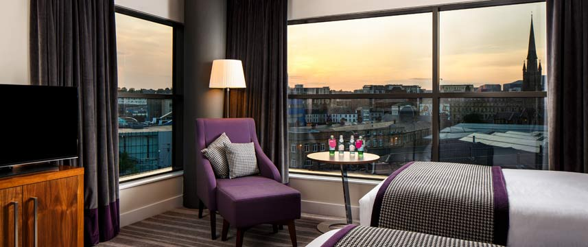 Crowne Plaza Newcastle Stephenson Quarter Twin Club Room
