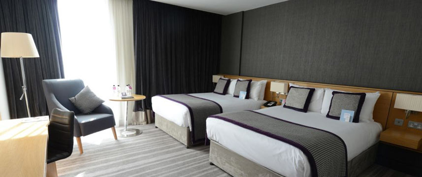 Crowne Plaza Newcastle Stephenson Quarter Twin Deluxe Room