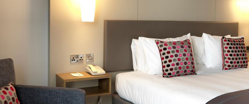 Crowne Plaza Plymouth - Standard Room