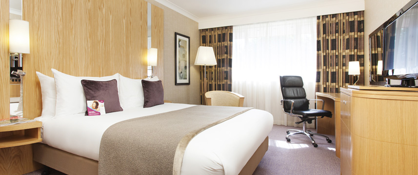 Crowne Plaza Reading - Bedroom