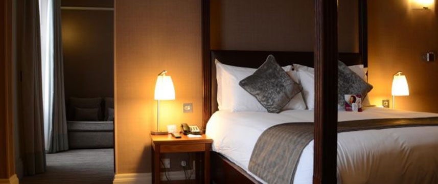 Crowne Plaza Royal Terrace - One Bedroom Suite