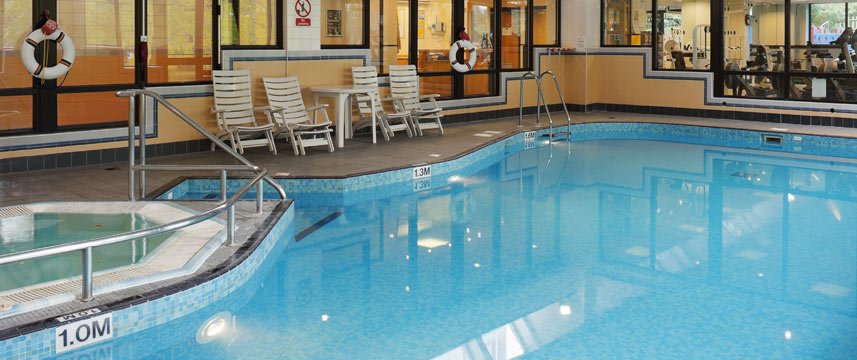 Crowne Plaza Stratford Upon Avon - Pool Area