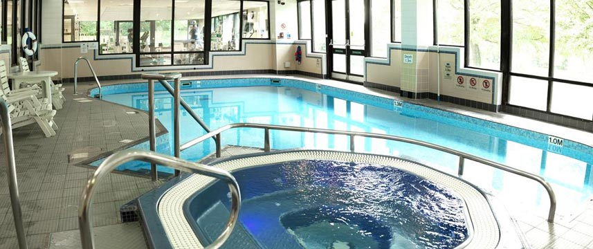 Crowne Plaza Stratford Upon Avon - Swimming Pool