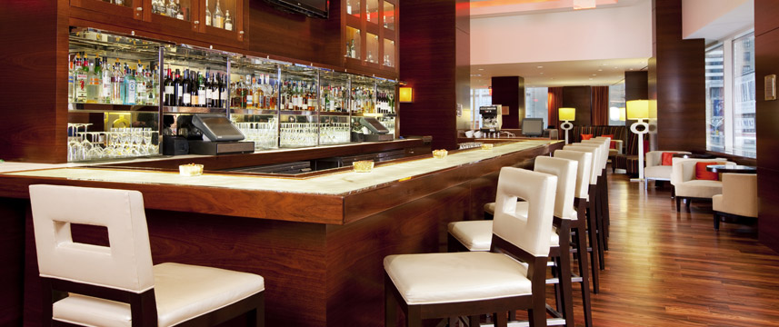 Crowne Plaza Times Square Manhattan - Bar Lounge
