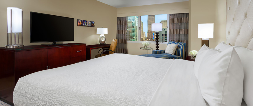 Crowne Plaza Times Square Manhattan - King Guest Room