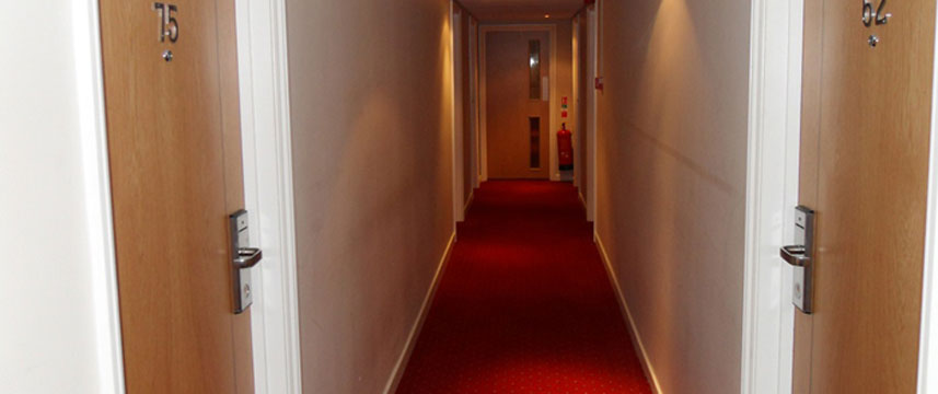 Days Hotel Gatwick Hallways