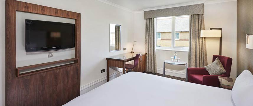 Doubletree by Hilton Hotel Bristol North Queen Deluxe