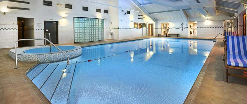 Doubletree by Hilton Hotel Bristol North Swimming Pool