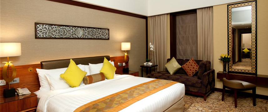 Dusit Thani Dubai - Executive Suite
