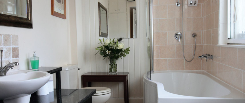 Edinburgh Thistle - Bathroom