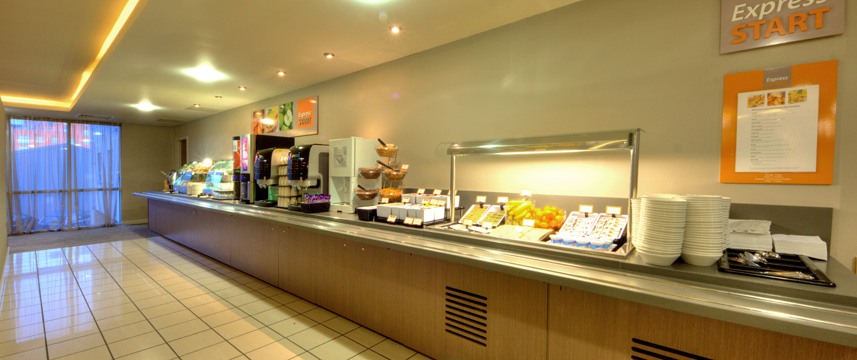 Express Limehouse Breakfast Area