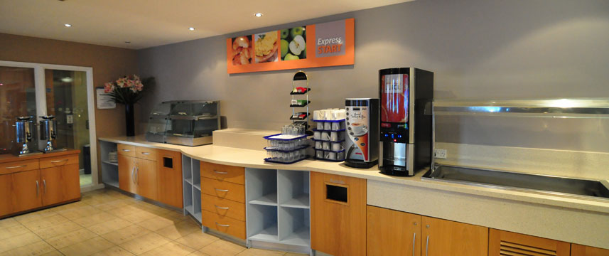 Express London Park Royal Breakfast Bar