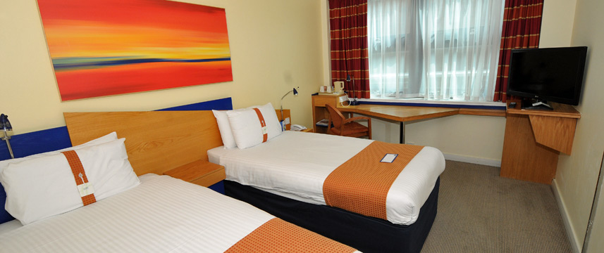 Express Salford Quays Twin Room