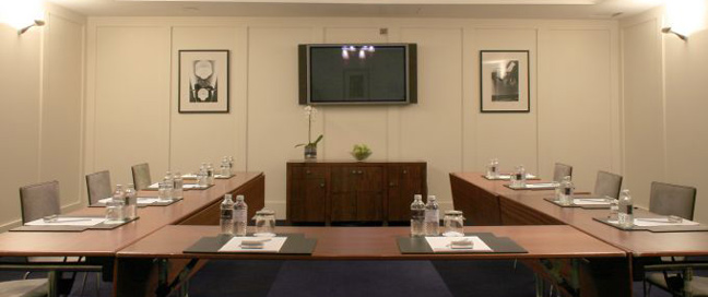 Fitzwilliam - Meeting Room