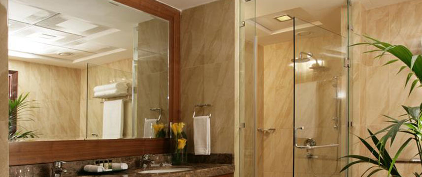 Fraser Suites  Dubai Shower Room