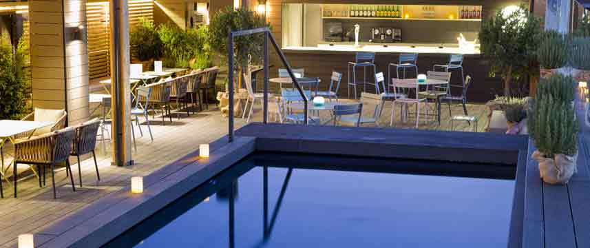 Gallery Hotel - Swimming Pool