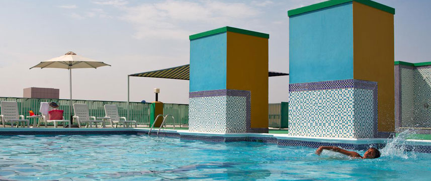 Golden Sands Hotel Apartments - Outdoor Pool