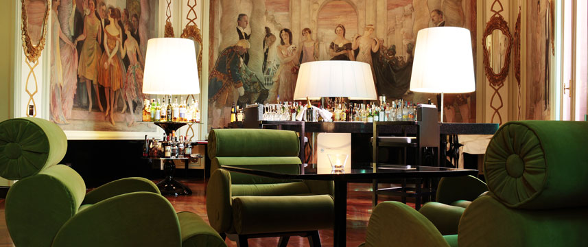 Grand Hotel Palace - Bar Seating