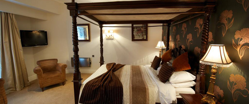 Hawkwell House Hotel - Four Poster Room