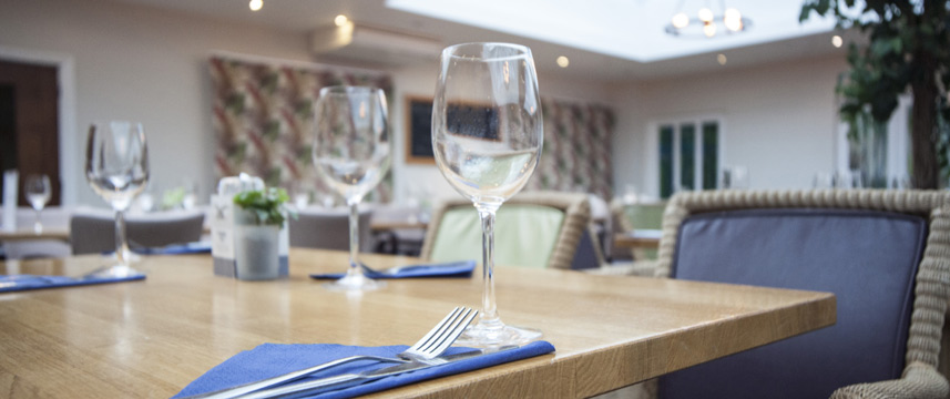 Hawkwell House Hotel - Restaurant Table