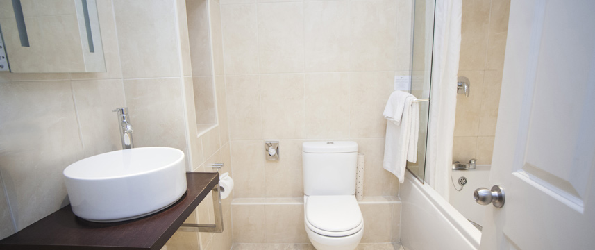 Hawkwell House Hotel - Superior Bathroom