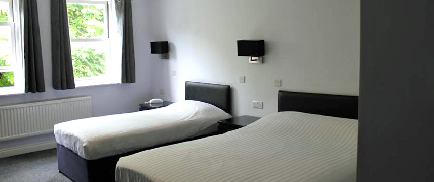 Hillingdon Prince Hotel - Triple Room