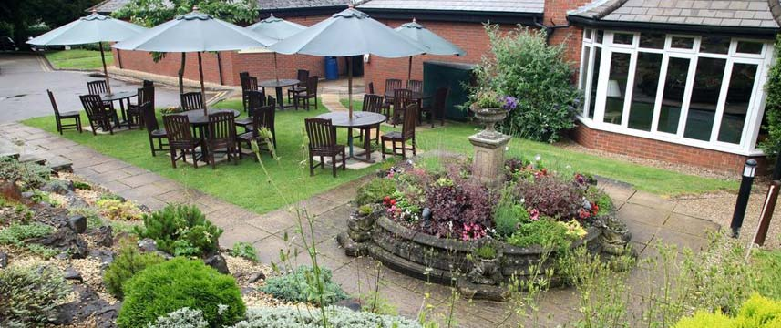 Hogs Back Hotel and Spa - Garden