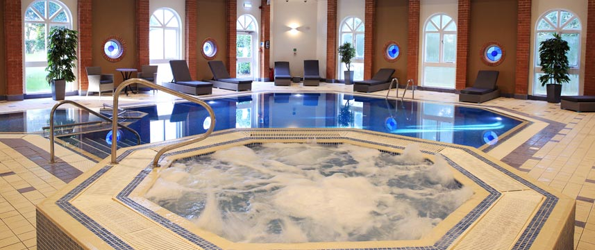 Hogs Back Hotel and Spa - Pool