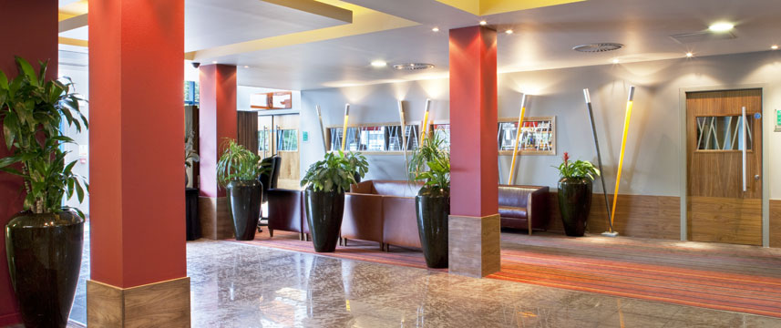 Holiday Inn Aberdeen West - Lobby