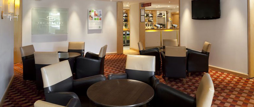 Holiday Inn Basingstoke - Bar