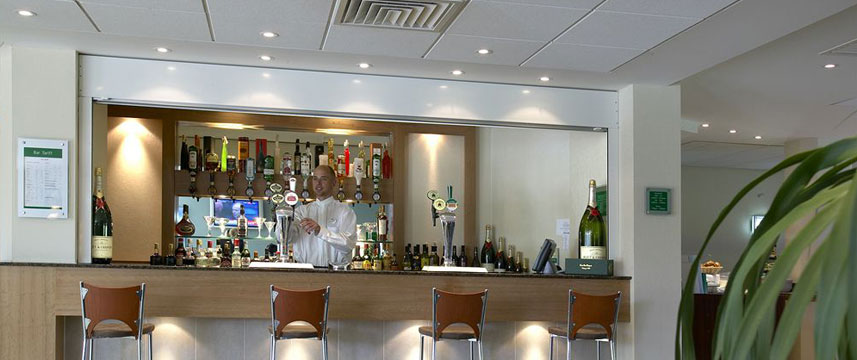 Holiday Inn Bristol Airport - Lounge