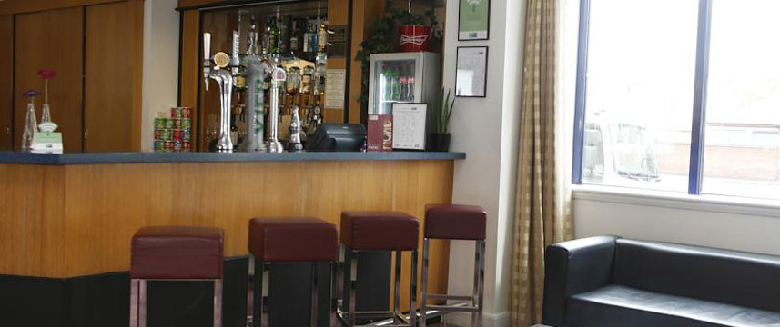 Holiday Inn Bristol City Centre - Bar