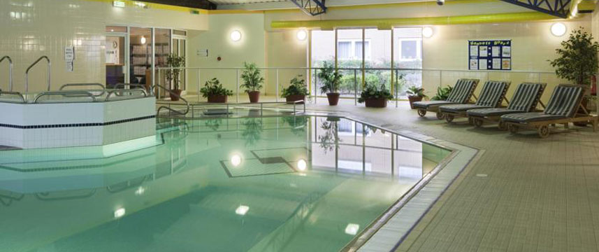 Holiday Inn Eastleigh - Pool