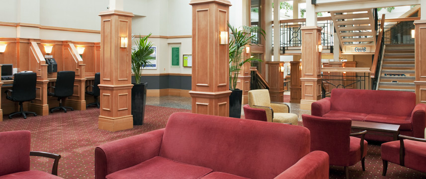 Holiday Inn Elstree - Atrium