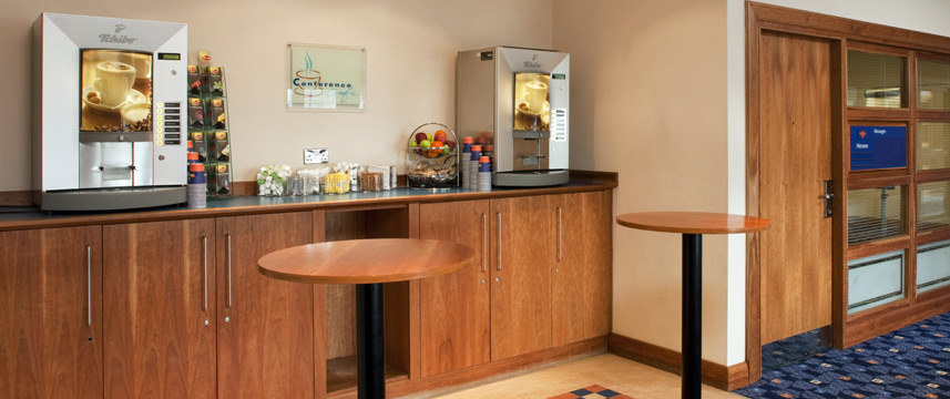 Holiday Inn Elstree - Breakfast Room