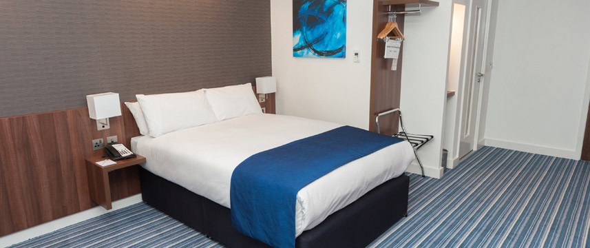 Holiday Inn Express Aberdeen Airport - Double Room