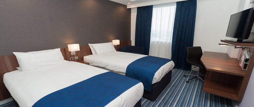 Holiday Inn Express Aberdeen Airport - Twin Room