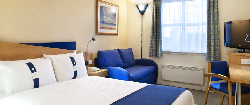 Holiday Inn Express Aberdeen City Centre - Guest Double Room