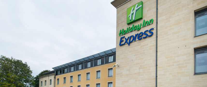 Holiday Inn Express Bath - Exterior