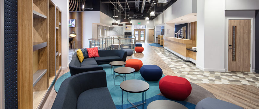 Holiday Inn Express Birmingham City Centre - Lobby Seating
